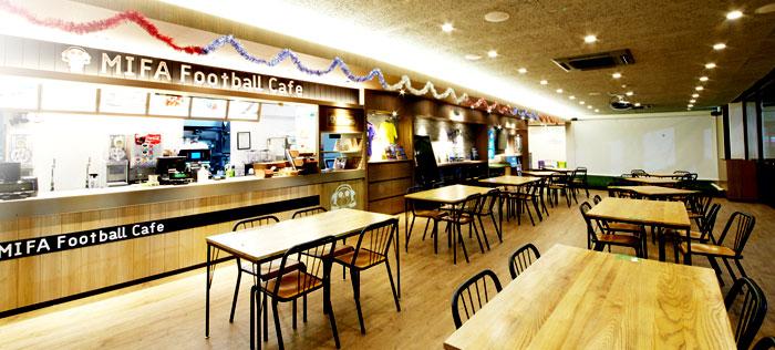 ミーファ フットボール カフェ(食べログ評価3.05)